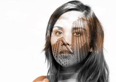 Bildbearbeitung double exposure | Portrait kombiniert mit Hochhäuser | von Andy Mock